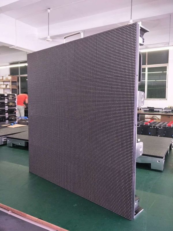 P5 Outdoor Led Display Screen Hire HD 7000cd/sqm Brightness For Event / Stage